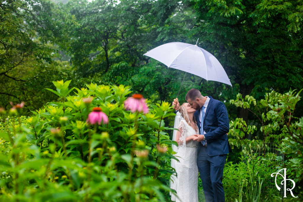 get married rain or shine in Virginia